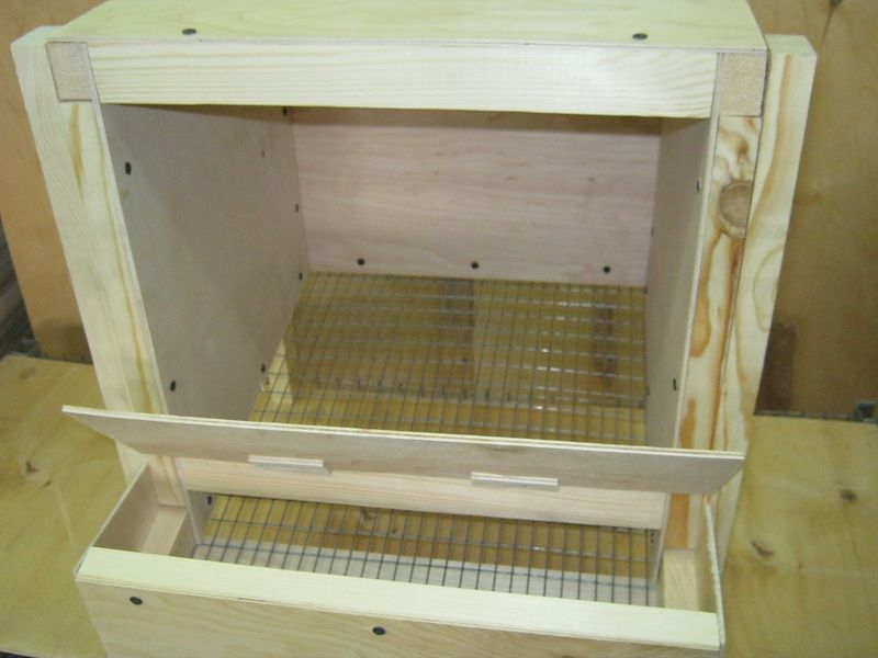 Гнездо с яйцесборником