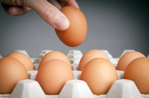 Скорлупа свежих яиц не должна иметь посторонних запахов