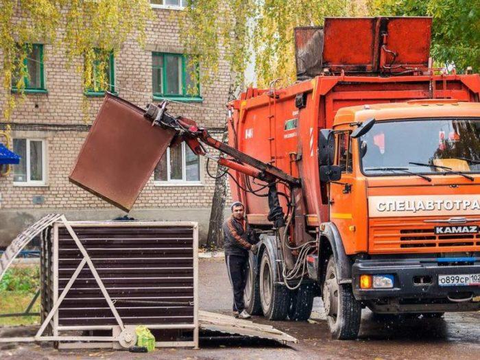 Вывоз мусора осуществляется региональным оператором