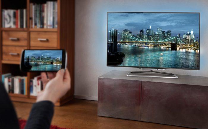 Беспроводная проекция со смартфона на телевизор