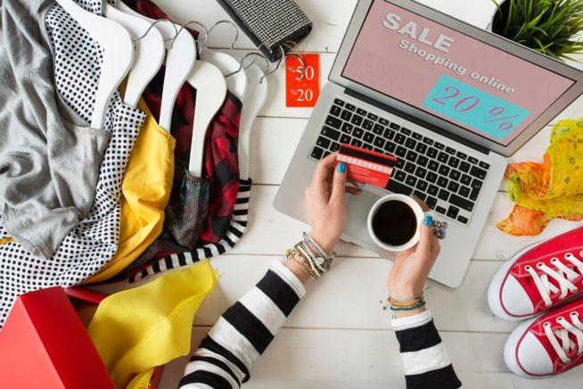 Совершение покупок в интернет-магазинах