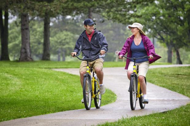 Прогулка на шеринговых велосипедах